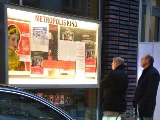 Vor dem Metropolis in Hamburg. Foto: Swenja Schiemann. Mit freundlicher Genehmigung von CineGraph