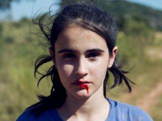 KILL ME PLEASE von Anita Rocha da Silveira